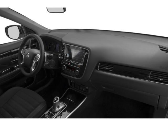 Mitsubishi-Outlander6